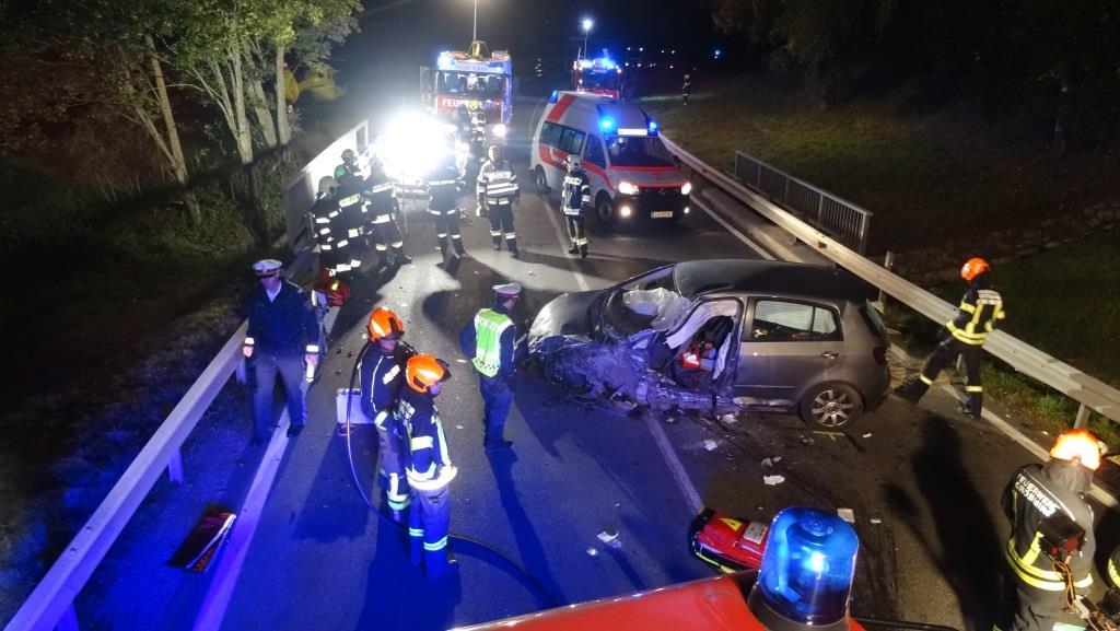 Schwerer Verkehrsunfall auf der B320 bei Pruggern