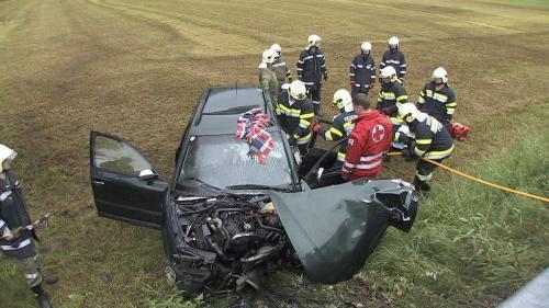 Verkehrsunfall-Öblarn-2012_1.jpg