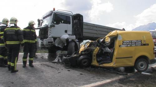 Verkehrsunfall-Gatschberg-2013_2.jpg