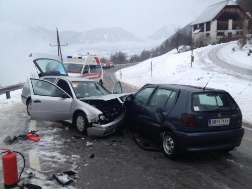 Verkehrsunfall-Großsölk-2012_1.jpg