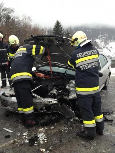 Verkehrsunfall-Großsölk-2012_2.jpg