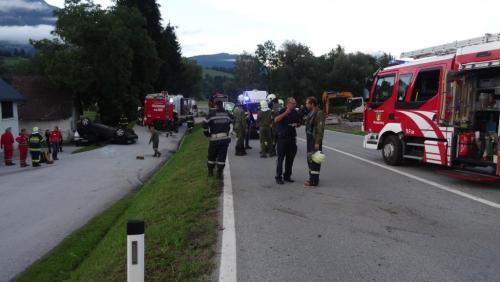 Verkehrsunfall-Moosheim-2015.jpg