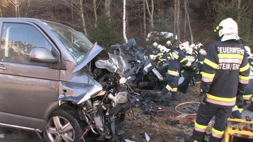 Verkehrsunfall-Niederöblarn-2011_4.jpg