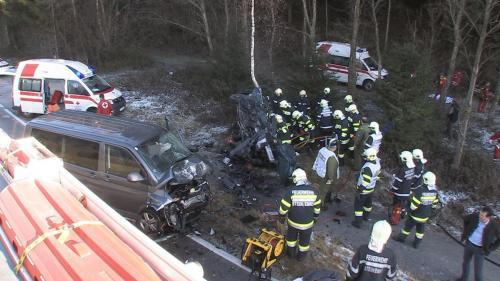 Verkehrsunfall-Niederöblarn-2011_5.jpg