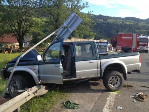 Verkehrsunfall-Pruggern-2013_2.jpg